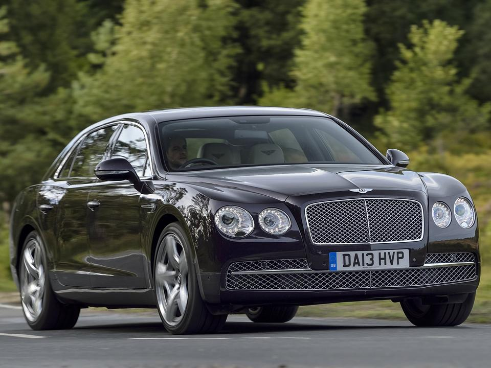 Bentley Flying Spur Vs Rolls Royce Ghost