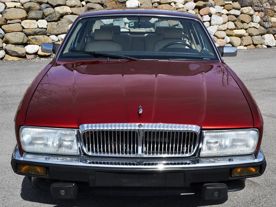 1990 Jaguar XJ40 Vanden Plas Majestic  NotoriousLuxury