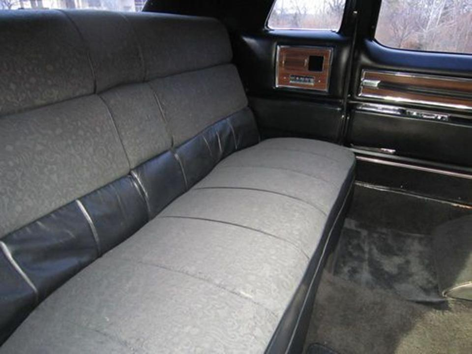 1972 cadillac fleetwood series notoriousluxury for Interieur limousine