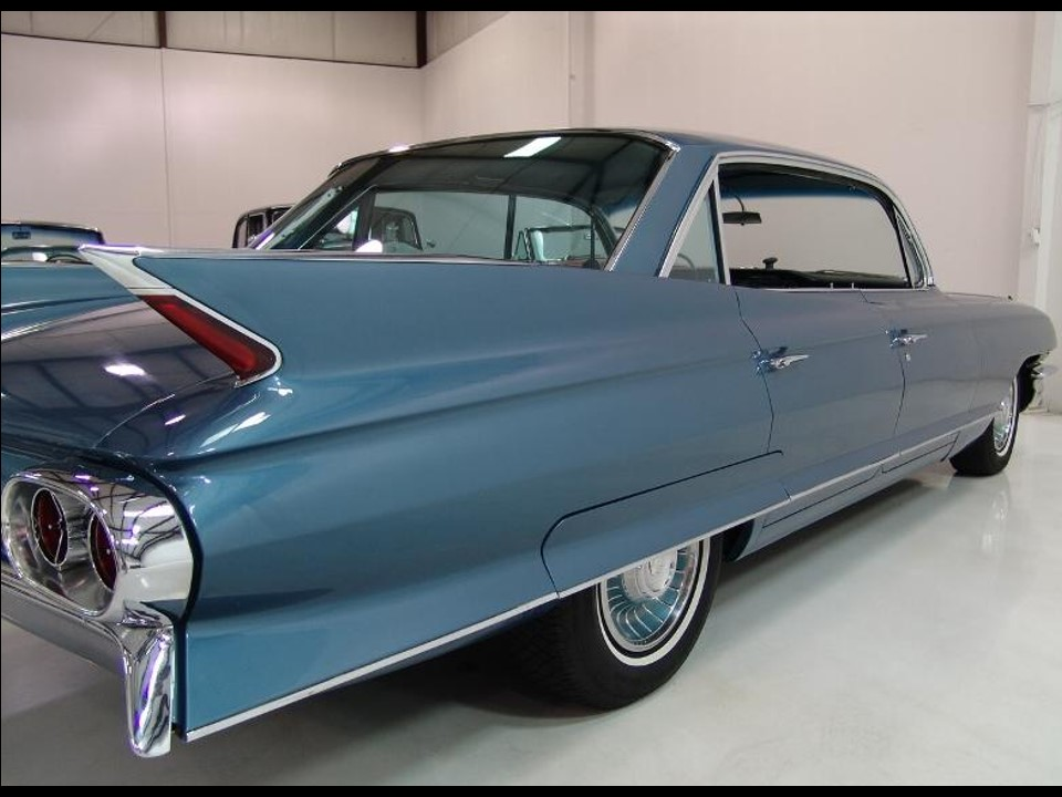 Très 1961 Cadillac DeVille Town Sedan | NotoriousLuxury RY15