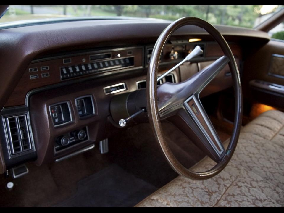 1973 lincoln continental coupe notoriousluxury. Black Bedroom Furniture Sets. Home Design Ideas