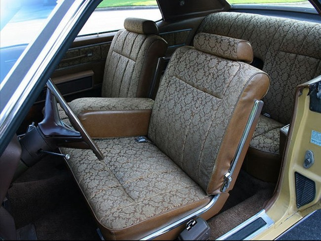 fresh metal 1973 lincoln continental coupe notoriousluxury. Black Bedroom Furniture Sets. Home Design Ideas