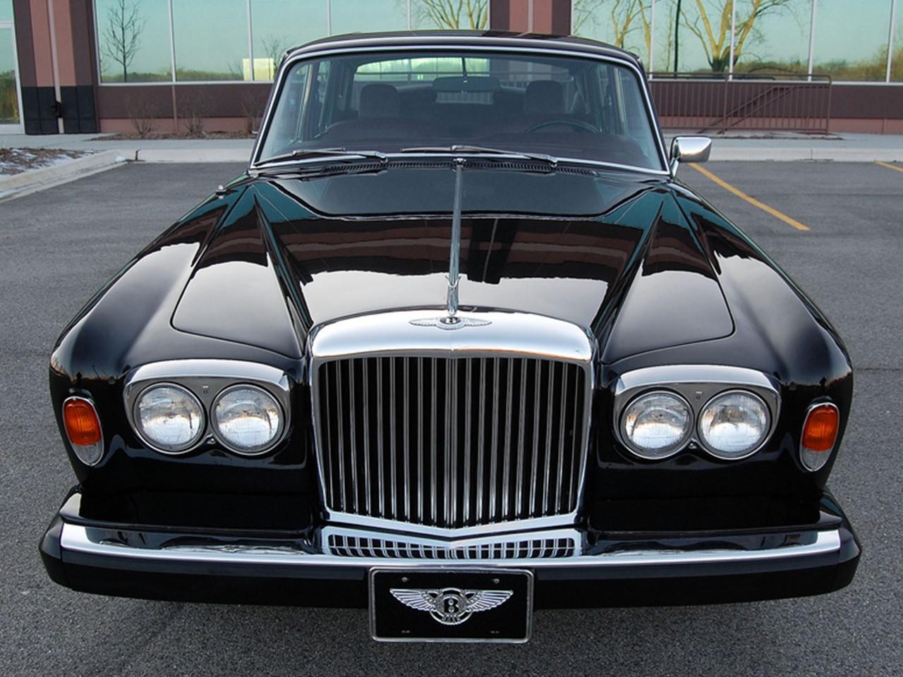 Bentley Vs Rolls Royce