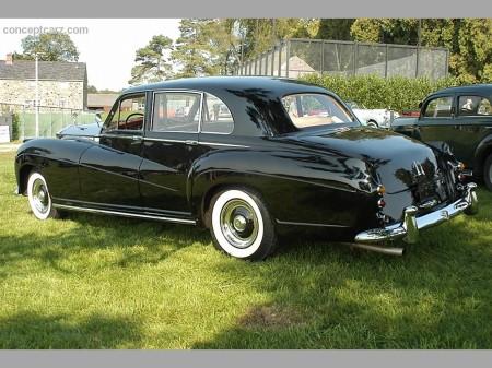 1959 Silver Wraith Touring LWB Limo by Henri Chapron 3