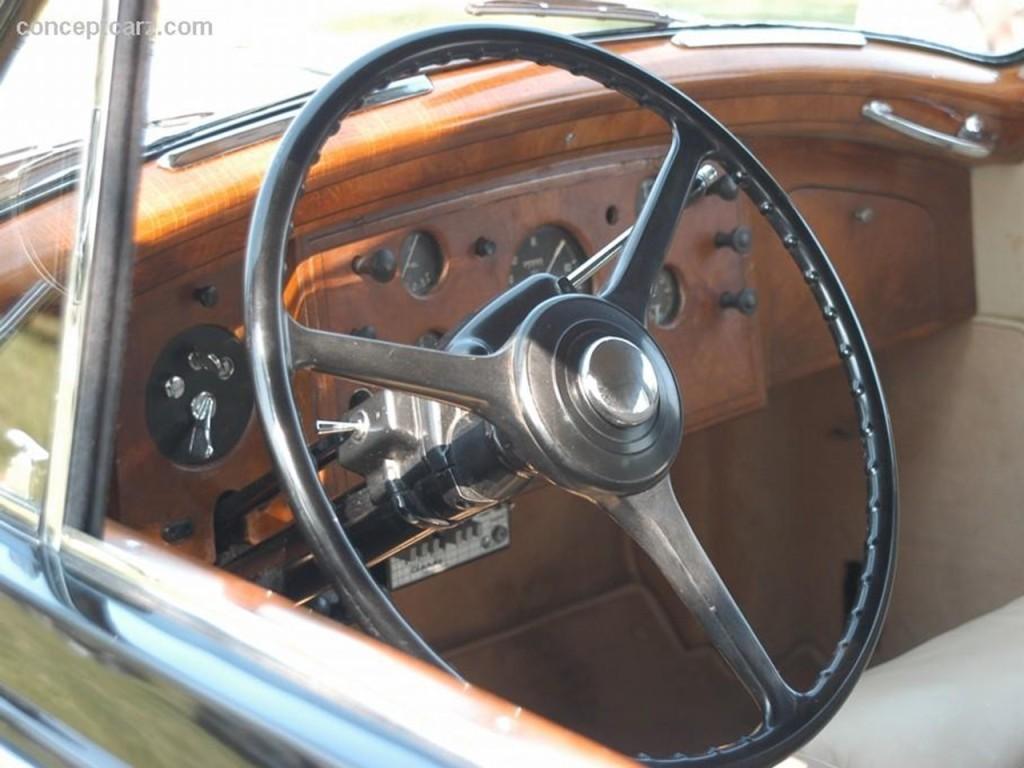 1959 Silver Wraith Touring LWB Limo by Henri Chapron 4