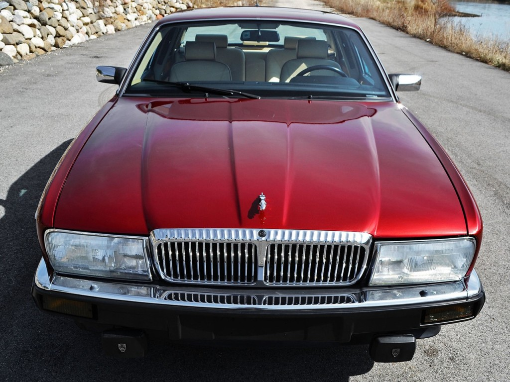 1990 Jaguar Vanden Plas Majestic 3