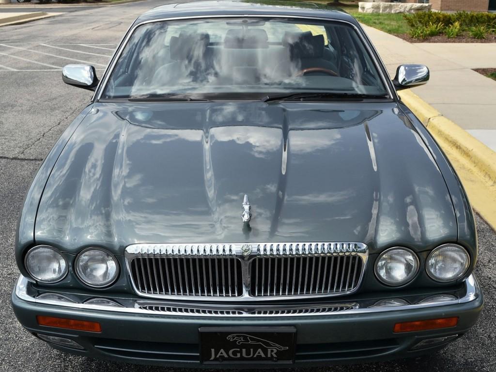 1995 Jaguar Vanden Plas 2