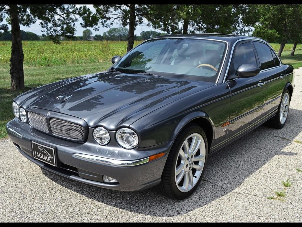 2004 XJR Jaguar 3