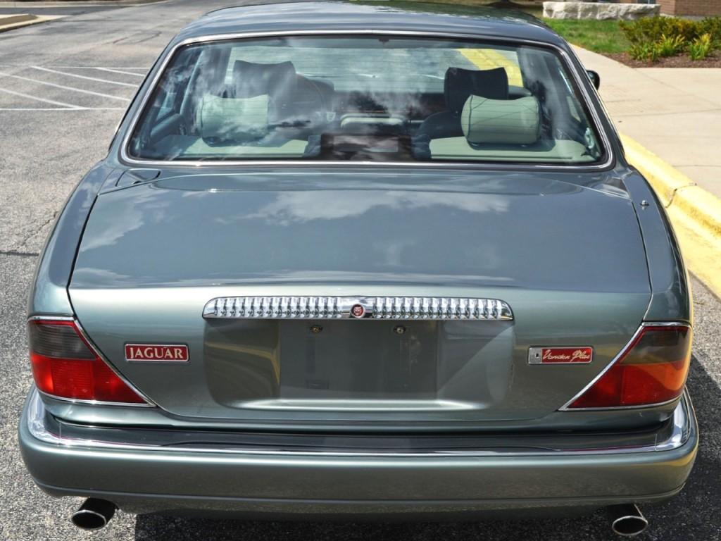 95 Jaguar Vanden Plas 3