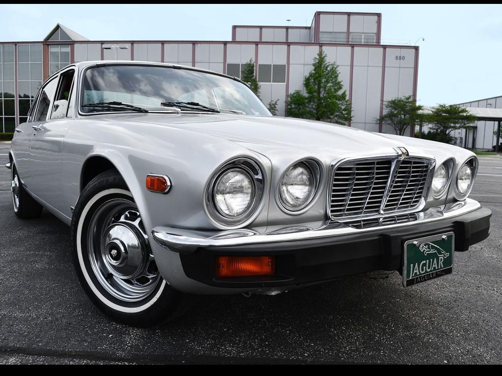 1976 Jaguar XJ6-L 3