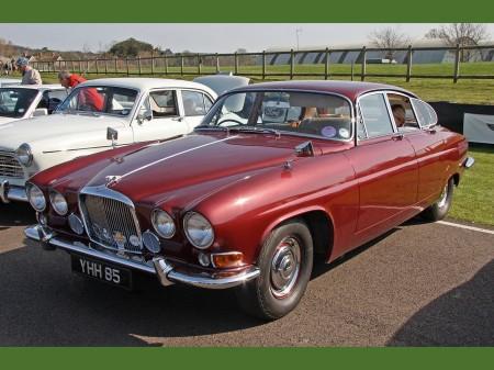Jaguar MK X 1