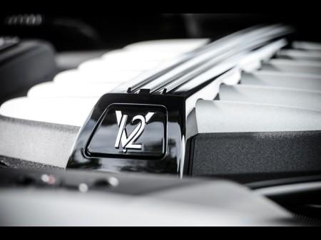 V12 1