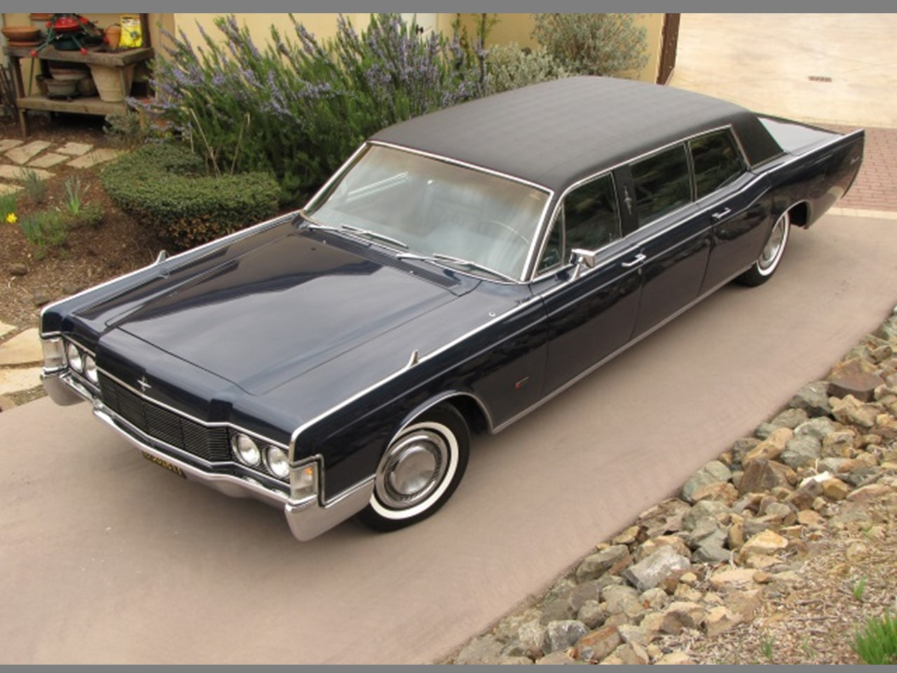 1968 continental executive limousine by lehmann peterson notoriousluxury. Black Bedroom Furniture Sets. Home Design Ideas