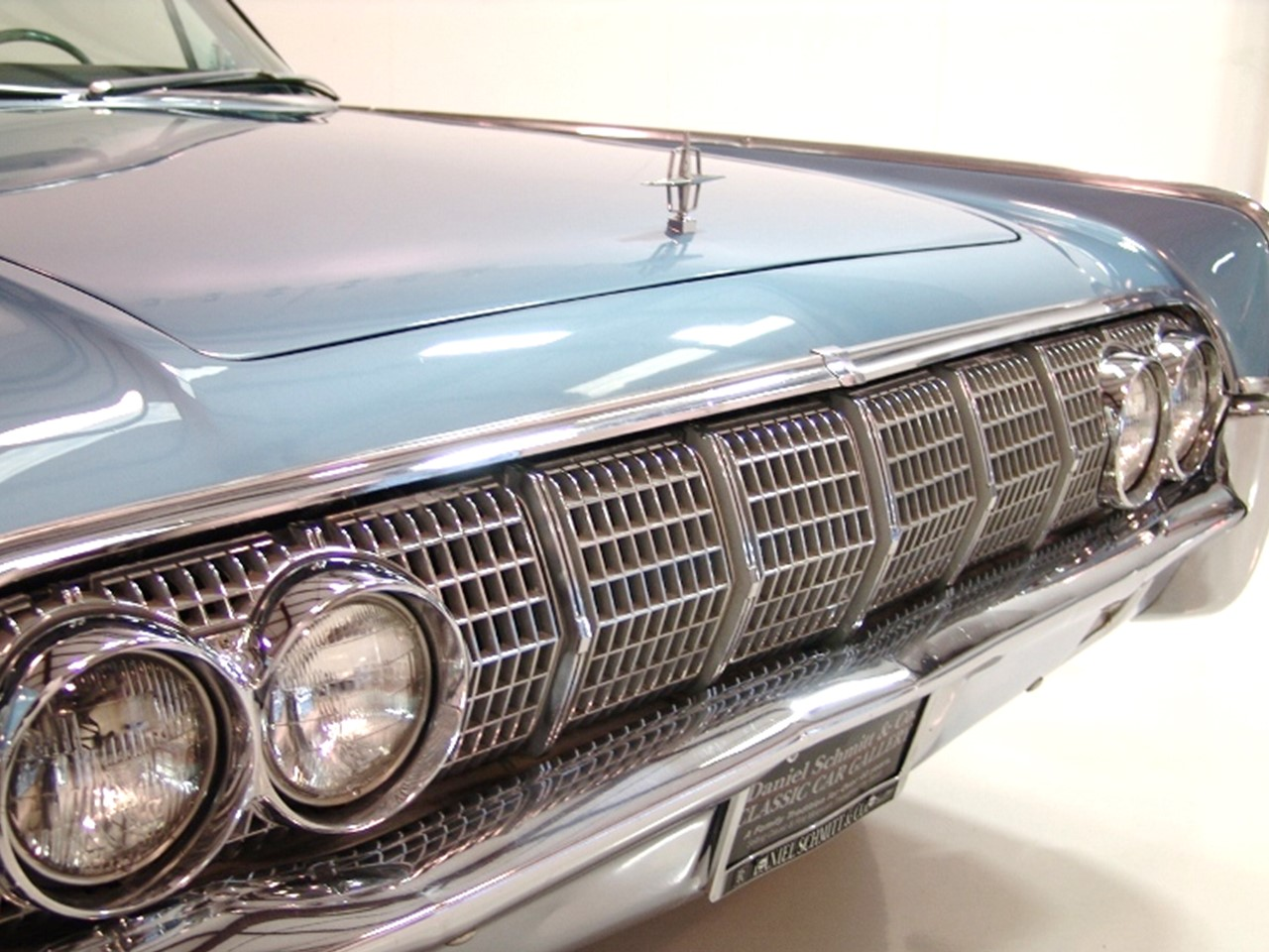 Flashback 1964 Continental Convertible Notoriousluxury 1954 Lincoln Interior The Is Also Refined For Model Year Making Full Advantage Of Its Spaciousness Popular Options Includes Individually Adjustable Contour