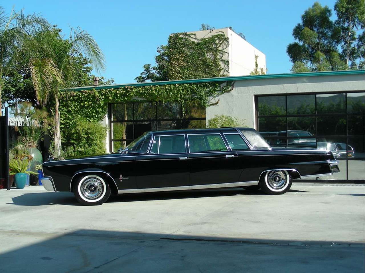 Limousine: Crown Jewel: 1964 Ghia Landau Crown Imperial Limousine