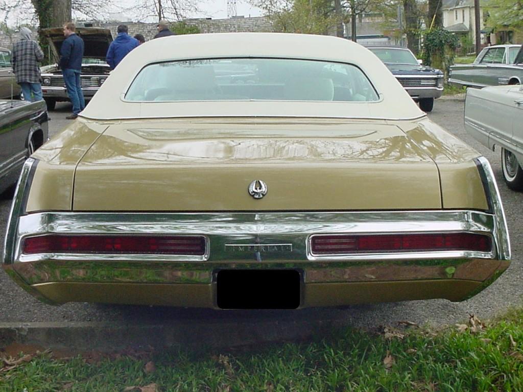 John Muller's 1969 Imperial LeBaron 3
