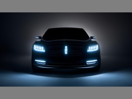 Lincoln Continental Concept 18