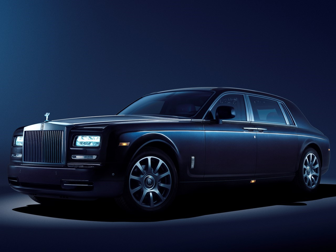 limelight collection by rolls royce notoriousluxury. Black Bedroom Furniture Sets. Home Design Ideas