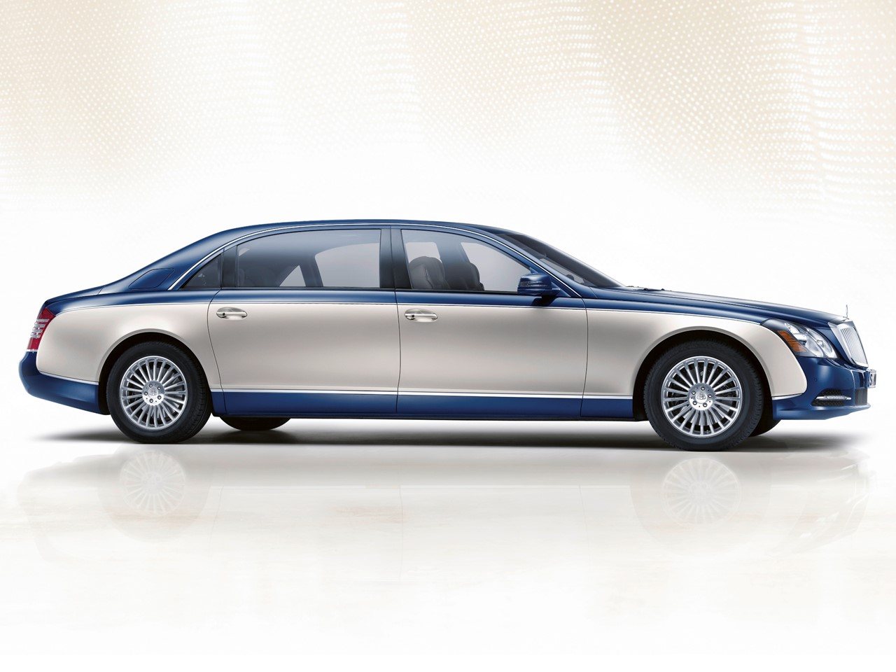 mercedes maybach s600 notoriousluxury. Black Bedroom Furniture Sets. Home Design Ideas