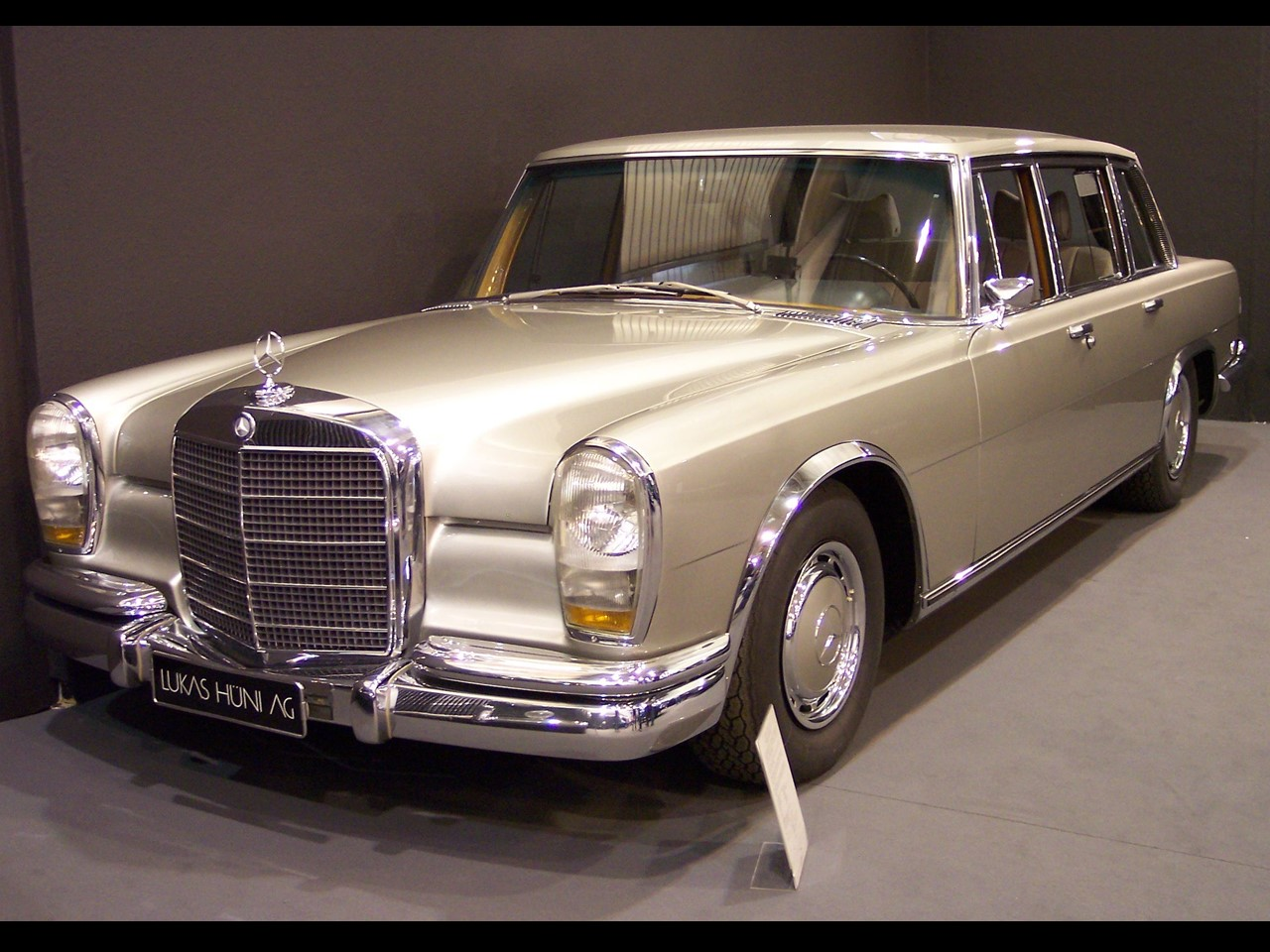 Mercedes-Benz 600 (1963-1978) (Internal Type Mercedes W100)