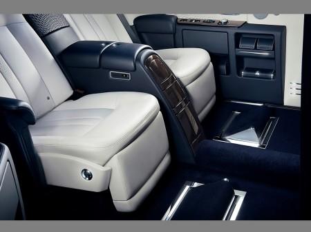 rear compartment 2