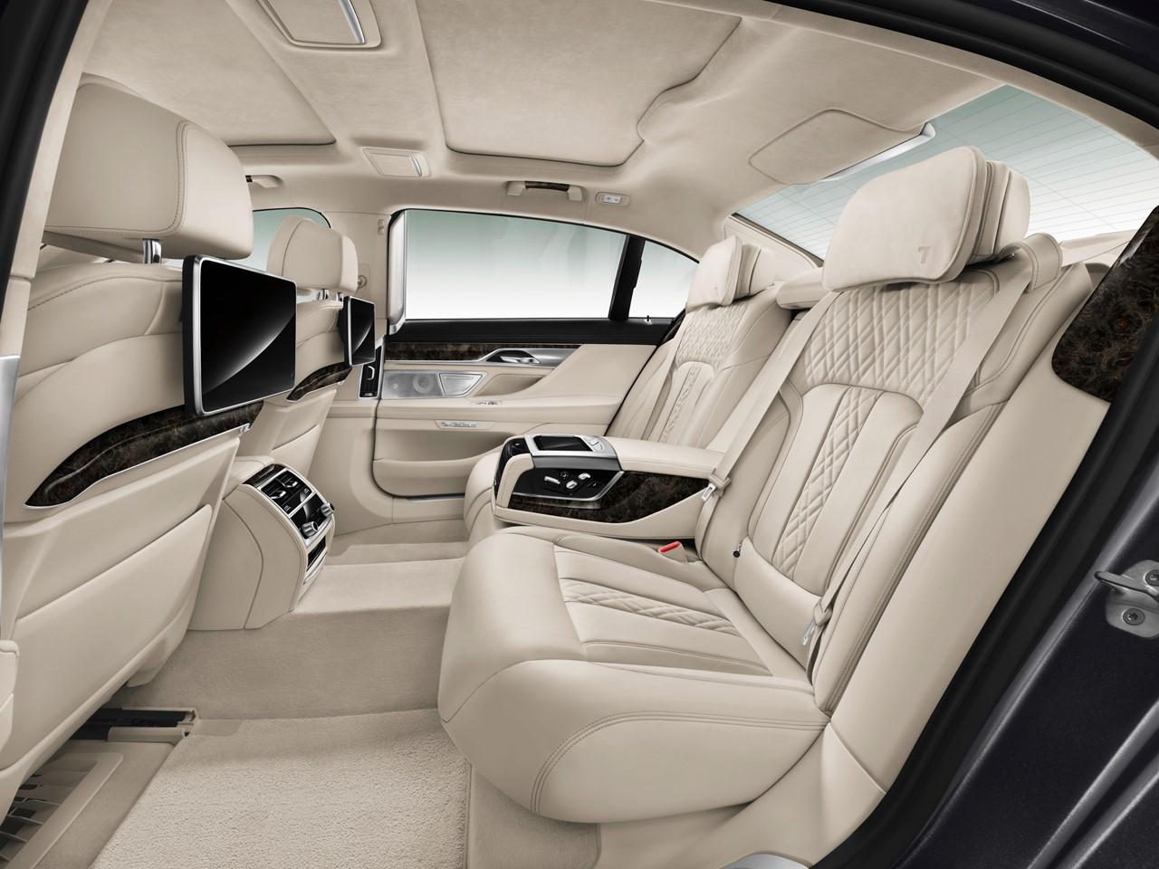 7 Series Interior 4