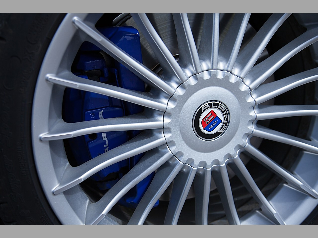 Alpina B6 alloy wheels 2