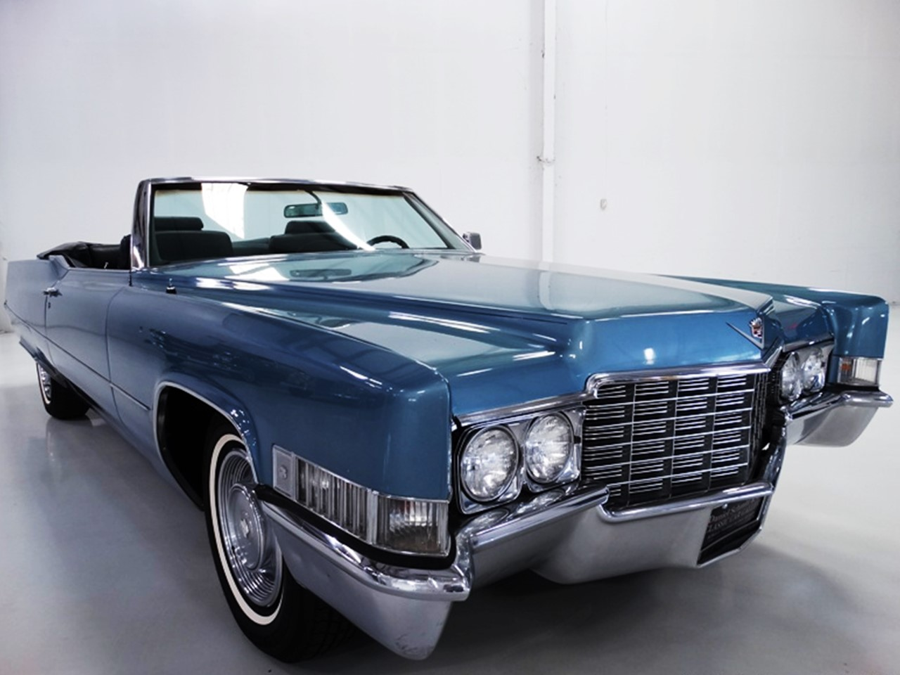 1969 cadillac deville convertible notoriousluxury. Black Bedroom Furniture Sets. Home Design Ideas