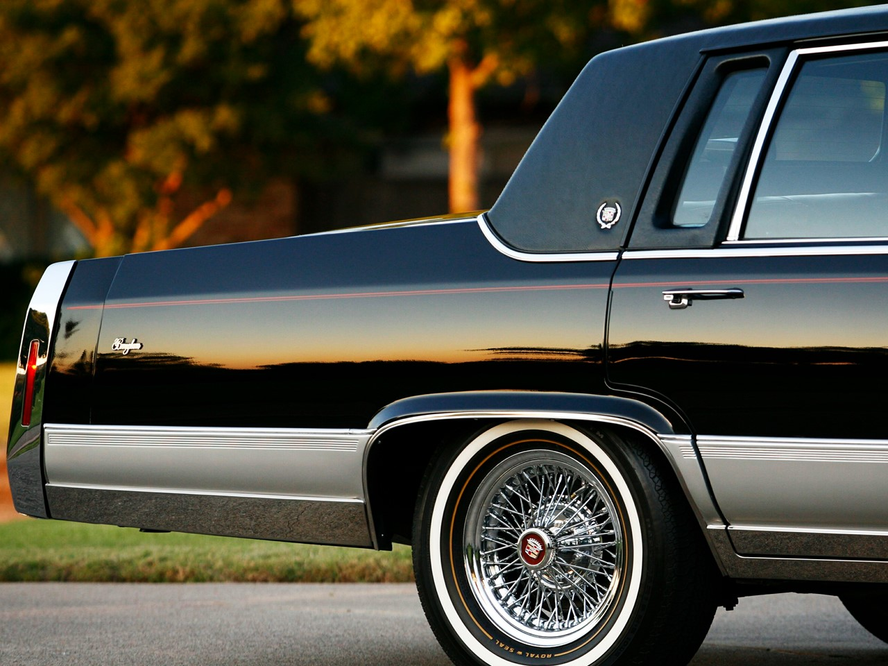 1990 Brougham black