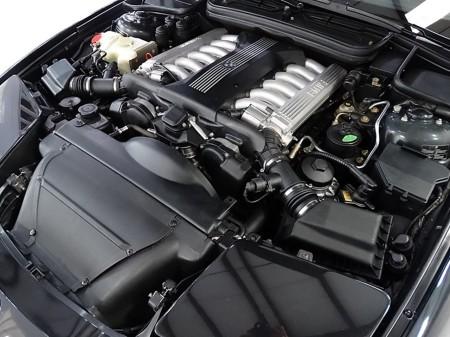 5.4 litre V12 1