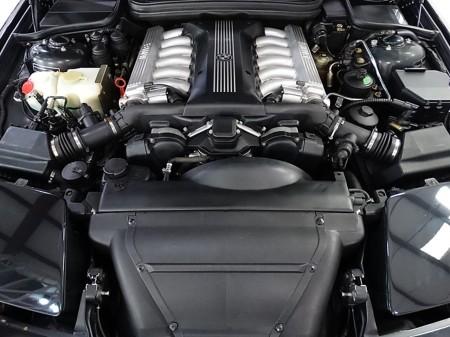 5.4 litre V12 2