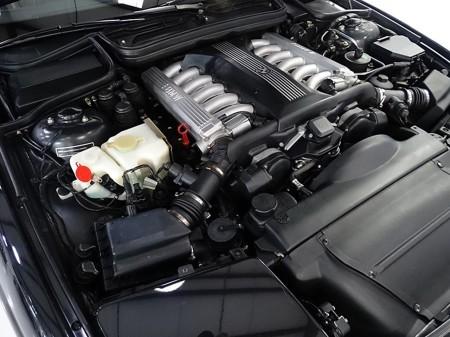 5.4 litre V12 3