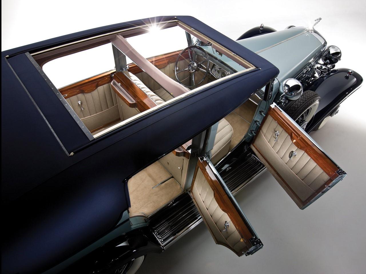 1930 Fleetwood V16 2