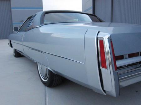1974-1976 Eldorado tail fin