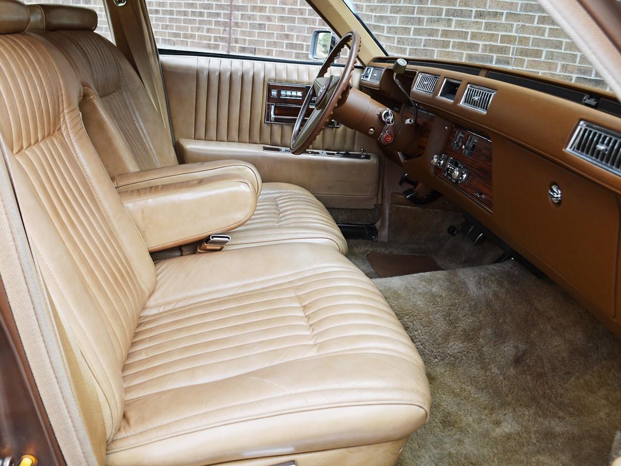 1976 Cadillac Seville 30
