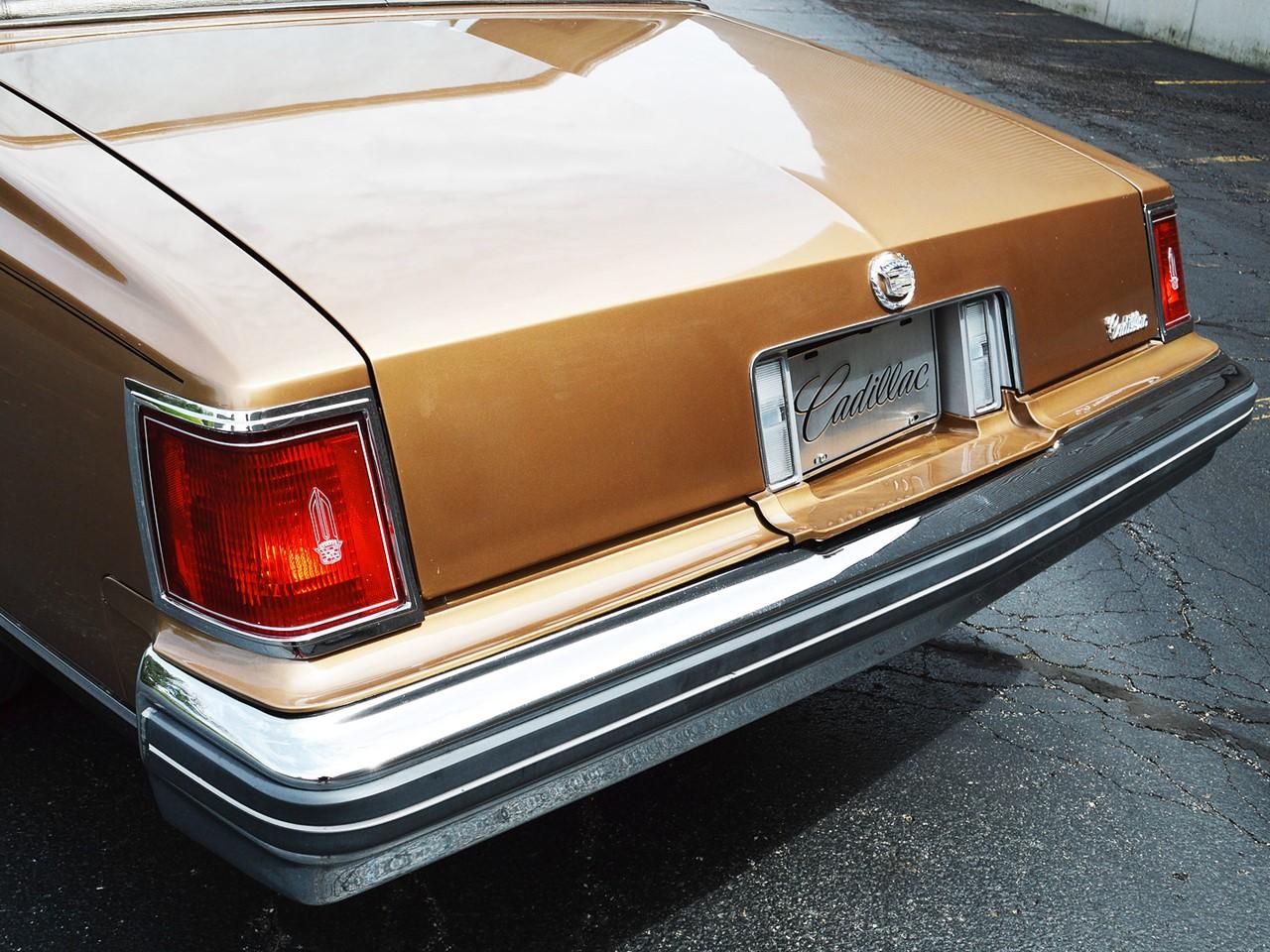 1976 Cadillac Seville 40
