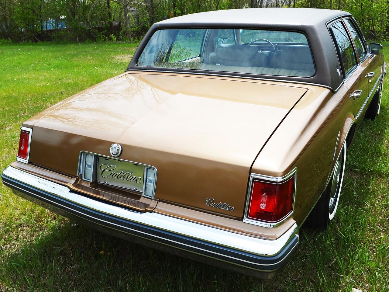 1976 Cadillac Seville 6