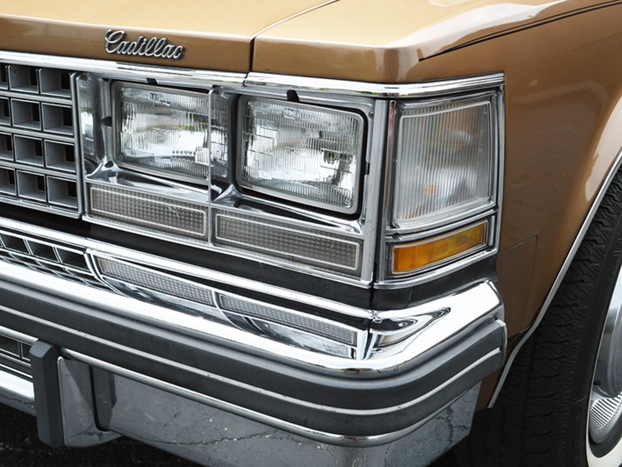 1976 Cadillac Seville 9