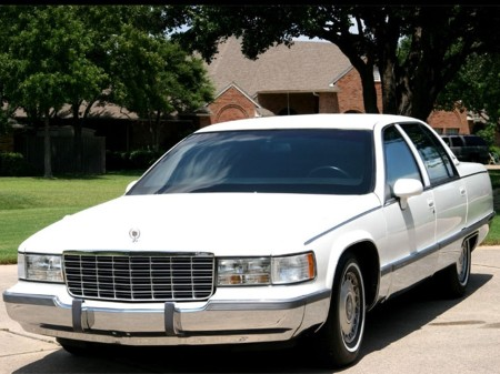 1994 Fleetwood Brougham white 3