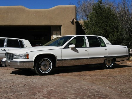 1994 Fleetwood Brougham white 4