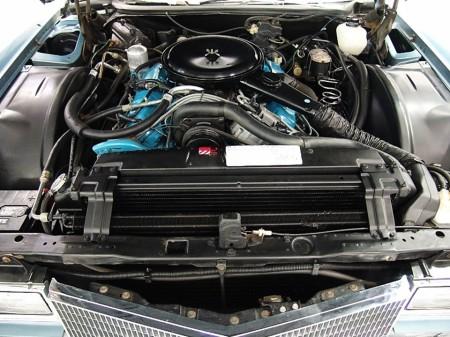 7.0 litre 425 CID V8