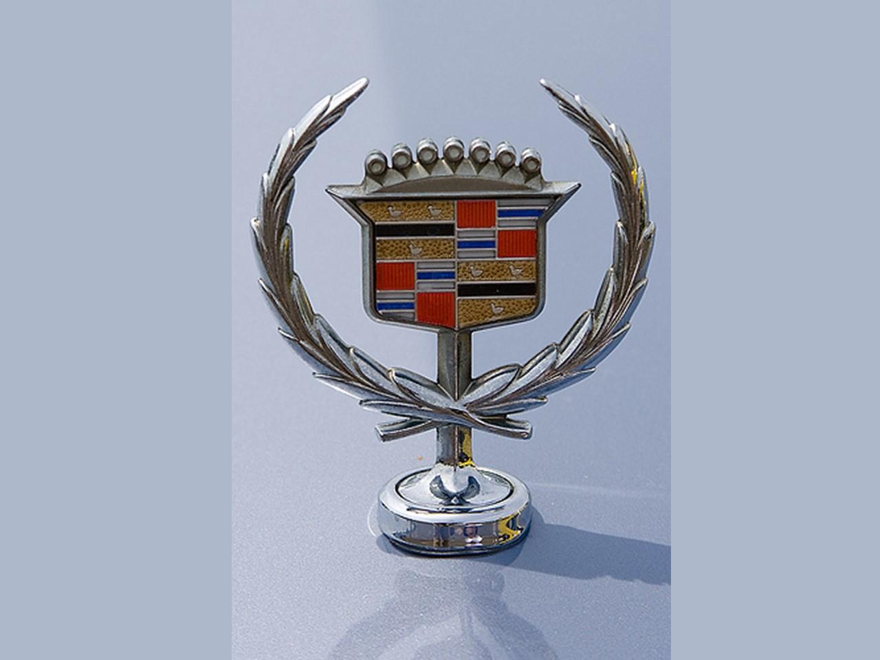 Fleetwood crest