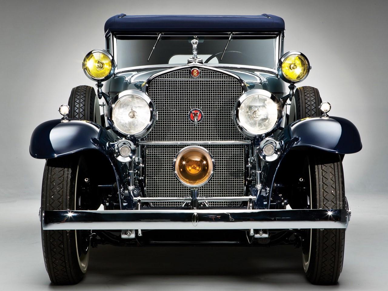 1930 V16 Phaeton 1