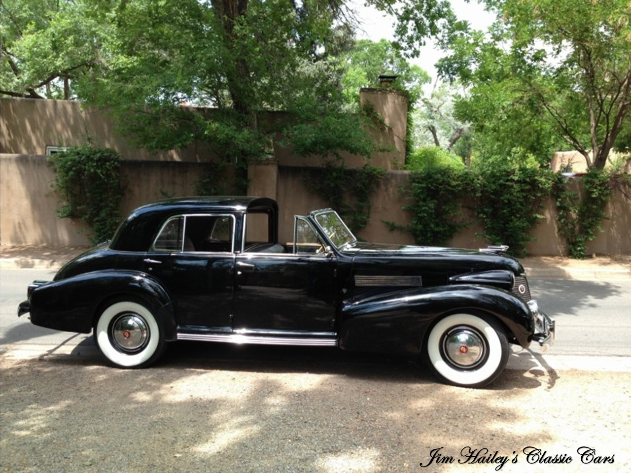 1939 Fleetwood Series Sixty-Special Derham Town Car 1