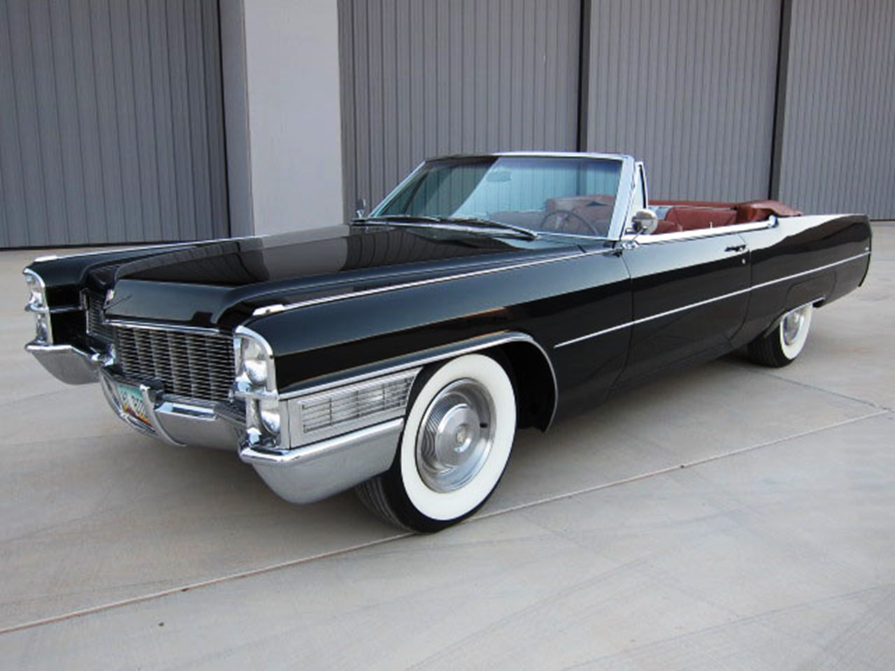 the classic cadillac deville convertibles notoriousluxury. Black Bedroom Furniture Sets. Home Design Ideas