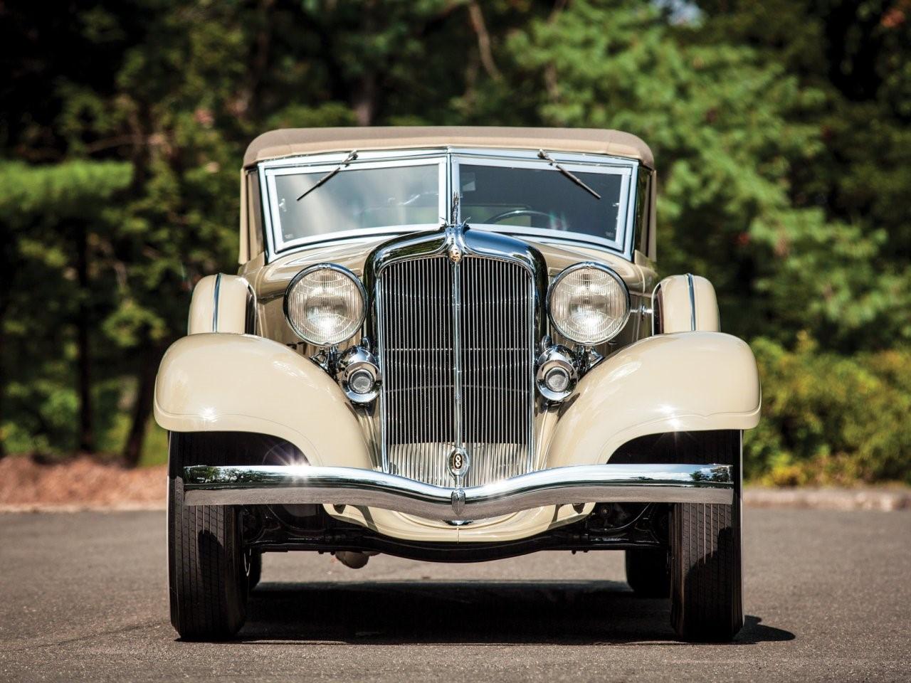 1933 Chrysler Imperial Custom LeBaron
