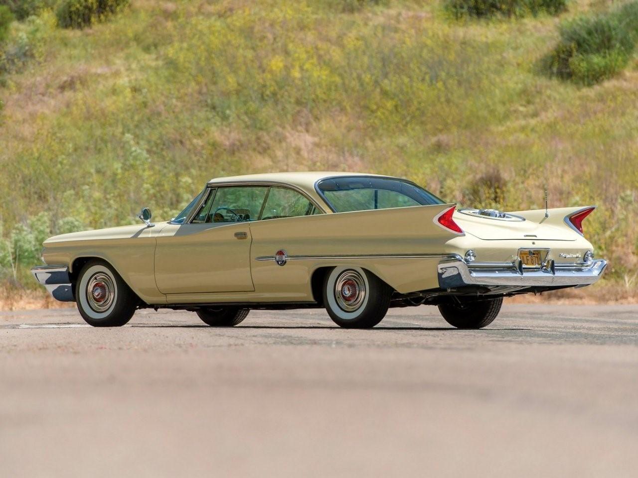 1960 Chrysler 300F 4