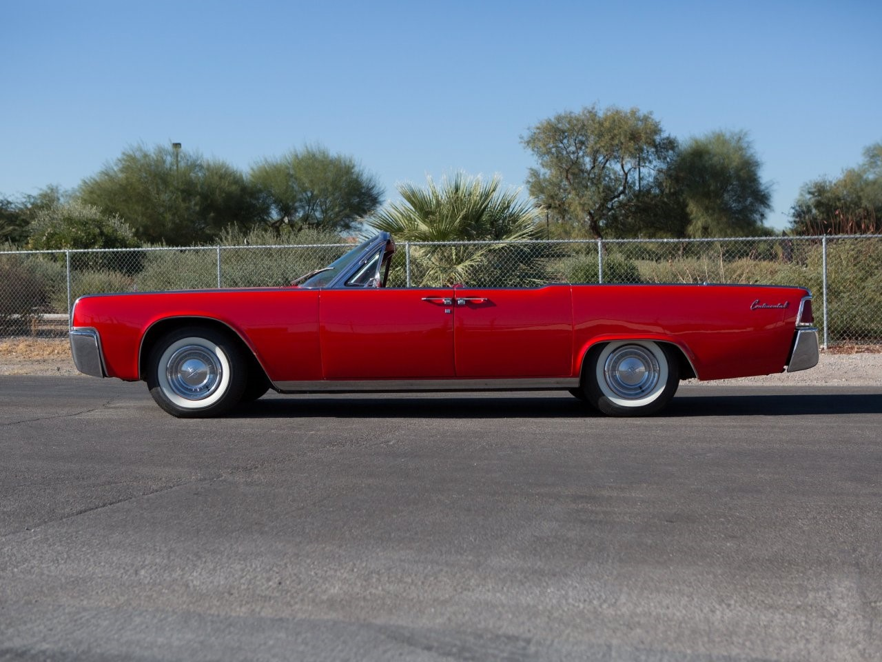 1961 Lincoln Continental 3