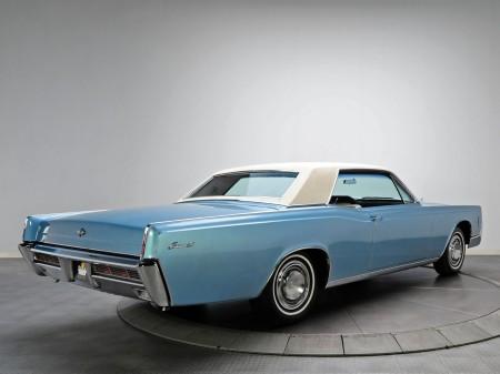 1966 Lincoln Continental 2