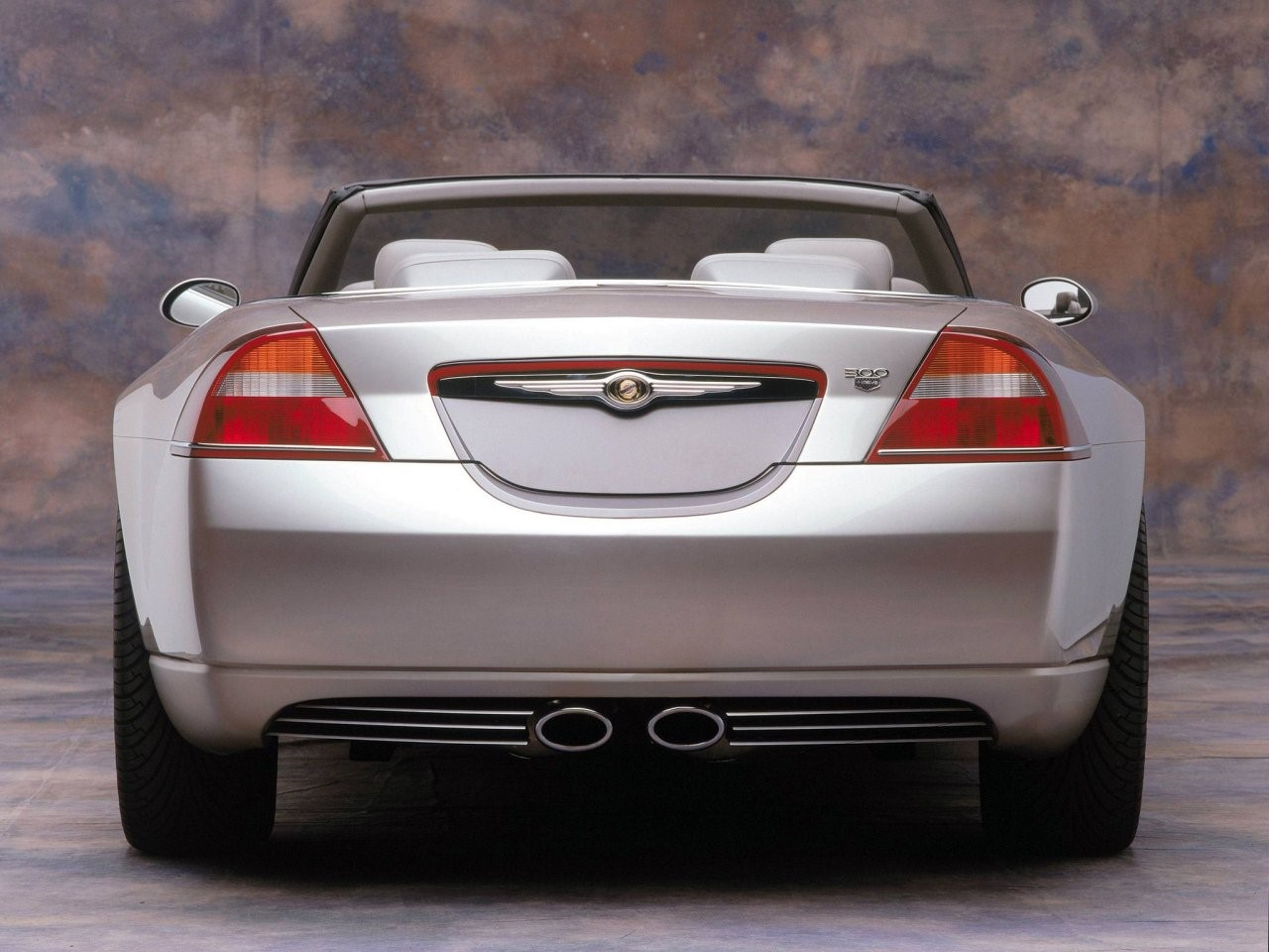 2000 Chrysler 300C concept 2